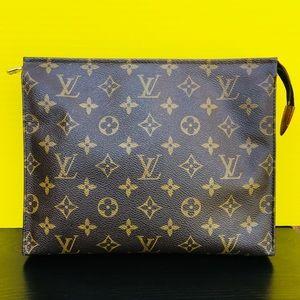 Louis Vuitton toiletry pouch 26